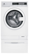 Electrolux - 2.4 Cu. Ft. 6-cycle High-efficiency Compact Front-loading Washer With Steam - White 4448517