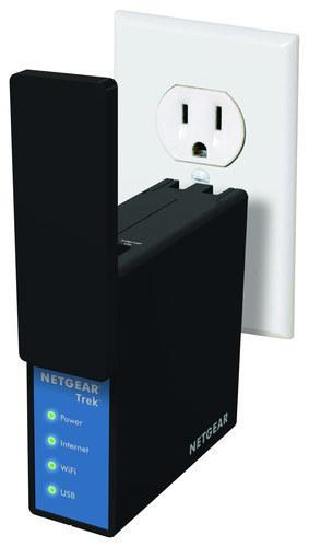 NETGEAR - Trek Wireless-N Travel Router and Range Extender - Black
