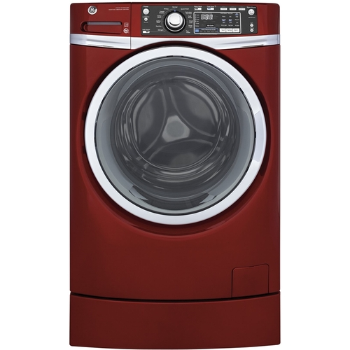 GE - RightHeight 4.9 Cu. Ft. 13-Cycle Front-Loading Washer - Ruby red
