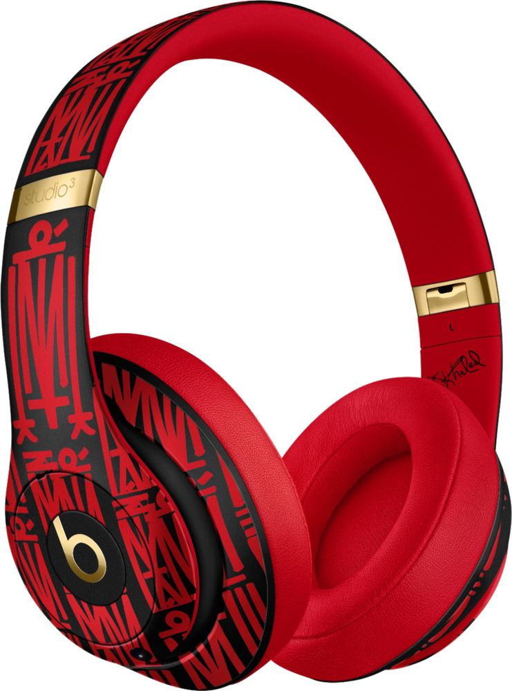 Beats by Dr. Dre MUJ72LL/A angleImage