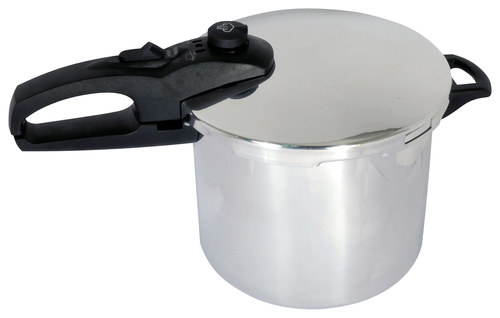 Better Chef - 6-Quart Pressure Cooker - Silver BETTER CHEF 6-Quart Pressure Cooker: Aluminum construction; cover lock; helper handle; dishwasher-safe design